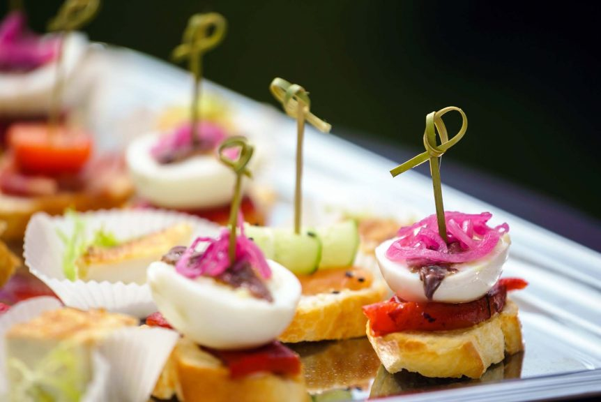 outside catering companies in banbury banquet food